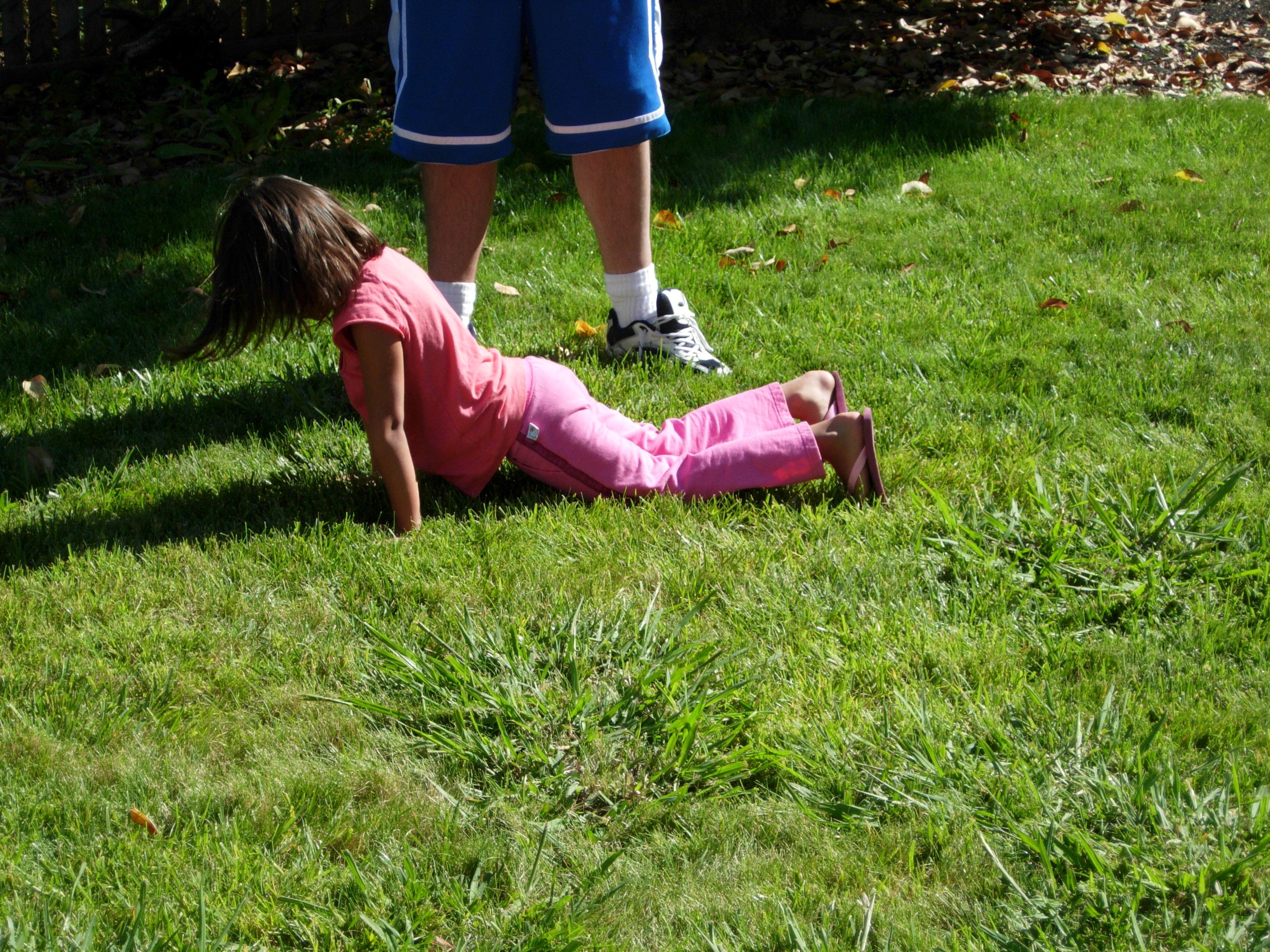 Melody doing pushups